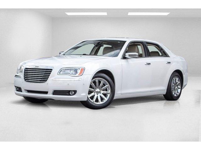 Chrysler 300 Limited Sedan 2012