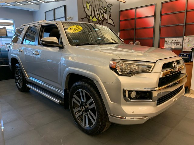 Toyota 4Runner Limited - DEMO- EN LIQUIDATION 2018