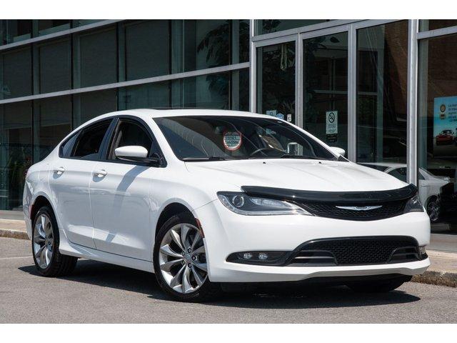 Chrysler 200 S AWD JAMAIS ACCIDENTÉ XENON HID MAGS DEMARRE 2015