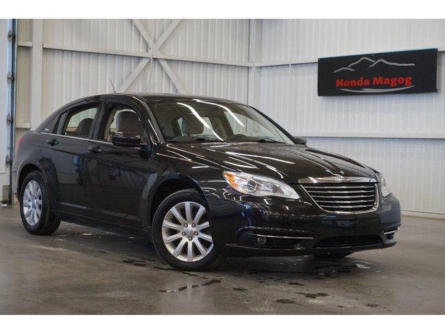 Chrysler 200 Touring (toit-navi) 2011