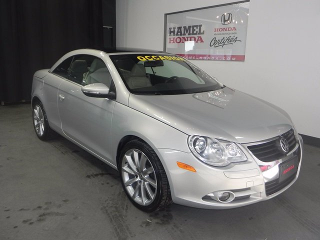 Volkswagen Eos HIGHLINE Convertible 2011