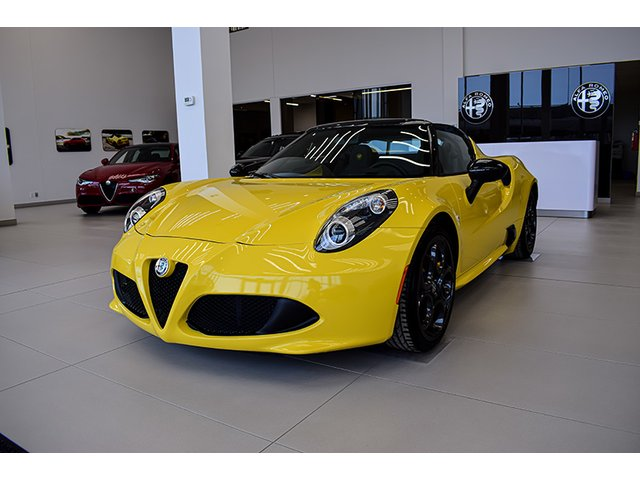 Alfa romeo 4C AKROPOVIC NEW CAR 2018
