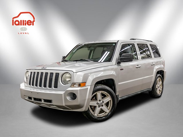 Jeep Patriot ***NORTH+AWD(4X4)+A/C+MAGS+SEULEMENT 148,000K 2010