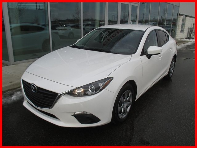 Mazda Mazda3 **DEAL PENDING**GX-SKY BLUETOOTH 2014