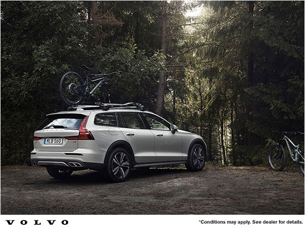 Volvo V60 Cross Country Promotion