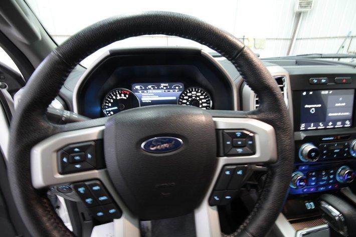 Ford F  Lariat
