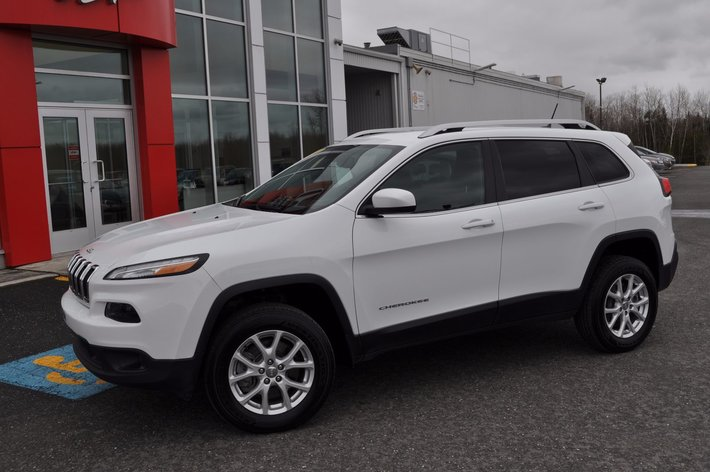 Used 2014 Jeep Cherokee North Active Drive 2 in Victoriaville - Used