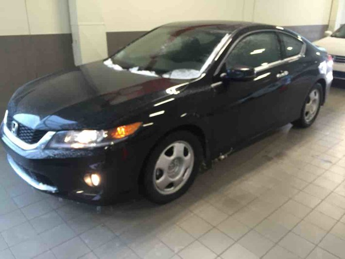 2015 Honda Accord Coupe EX L W/Navi   CRAZY CLEARANCE PRICE! DEMO