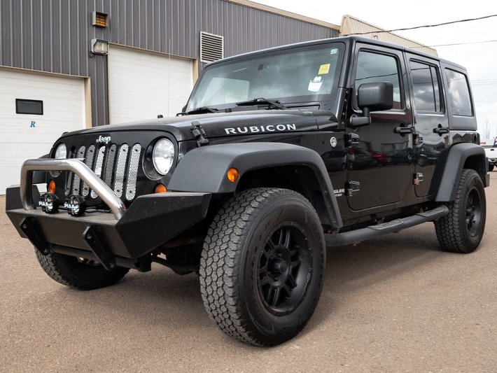 2010 Jeep Wrangler Unlimited Rubicon **CUSTOM LIFT** used