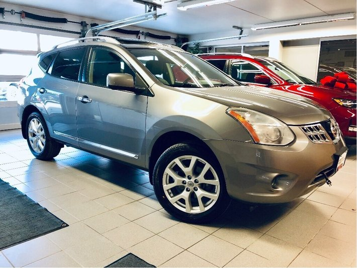 Used Tires Winnipeg >> 2013 Nissan Rogue Sl Awd 2 Sets Rims Tires Clearout Used