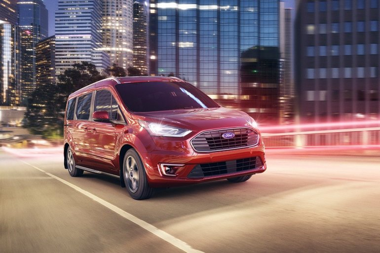 A First Look at the 2019 Ford Transit Connect Wagon