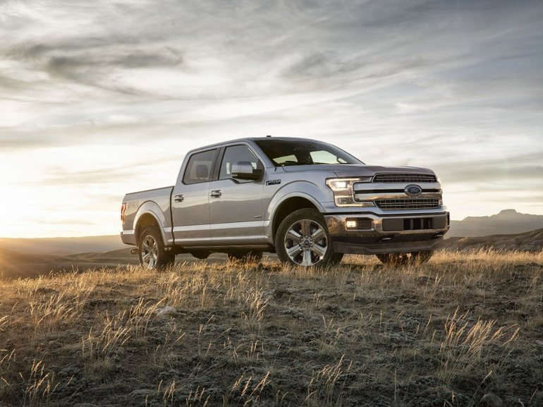Choosing between the Chevrolet Silverado and the 2017 Ford F-150 in Middleton, Nova Scotia