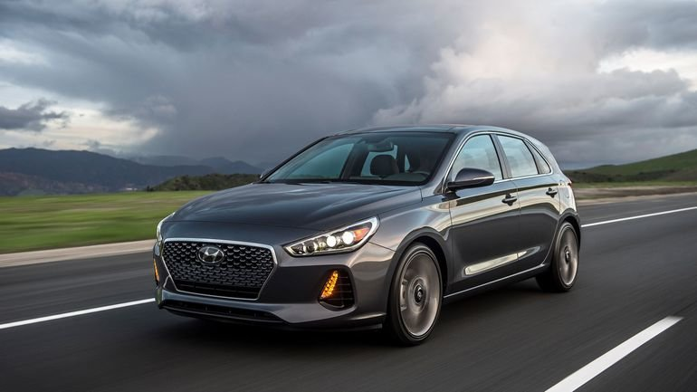 All the versions offered in the 2018 Hyundai Elantra GT lineup