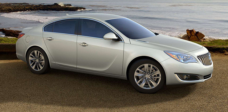 2014 Buick Regal: A Blend of Luxury and Sport