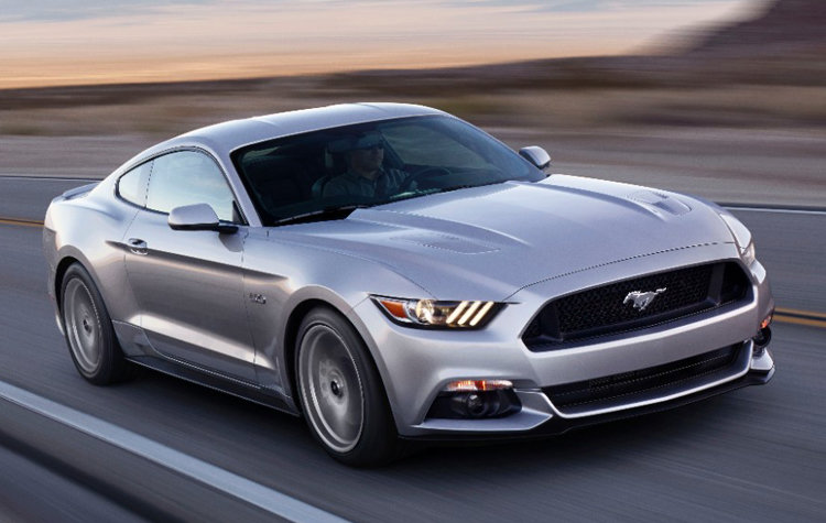 2015 Ford Mustang: Pony up
