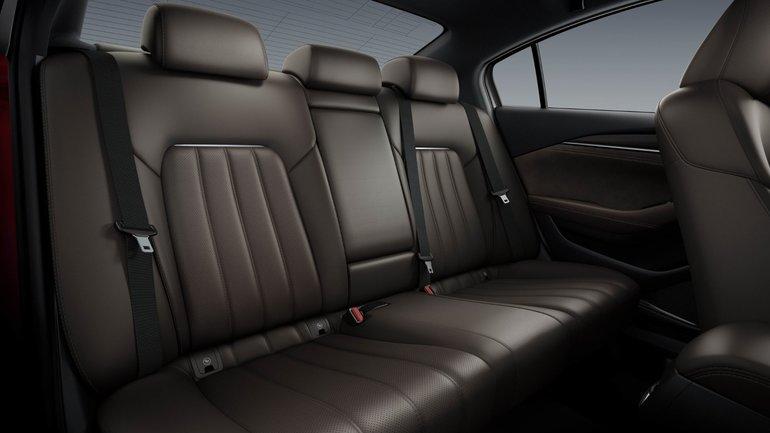 Une Mazda6 raffinée au Salon de l'auto de Los Angeles