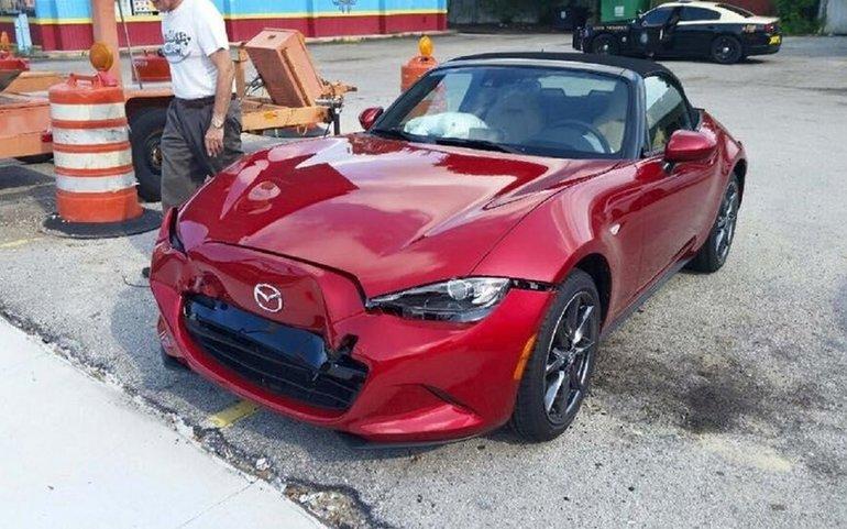 La première Mazda MX-5 2016 accidentée est remplacée par le constructeur