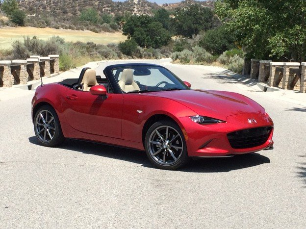 Mazda Steals the Show in New York with the MX-5 RF
