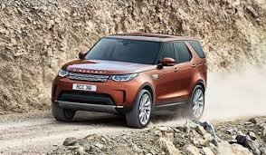 The differences between the Land Rover Discovery and the Discovery Sport