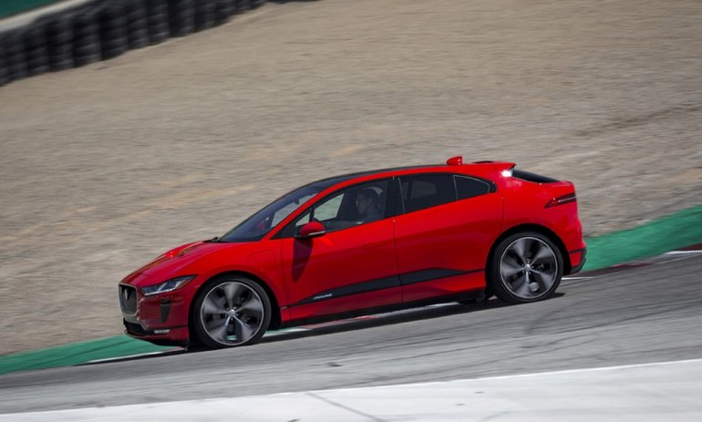 2019 I-PACE sets production EV lap record at Laguna Seca