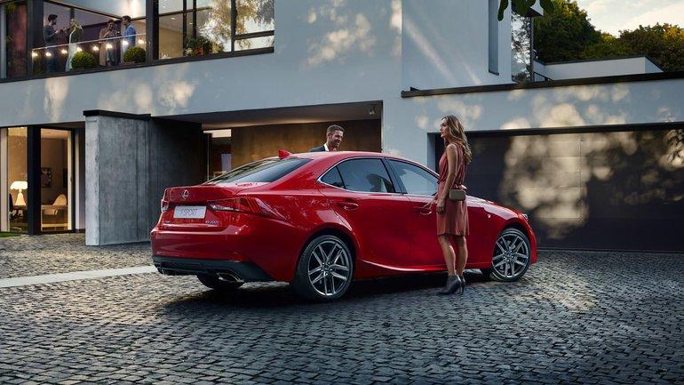 New-Look Lexus IS at the Beijing Auto Show