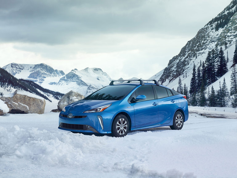 Toyota takes the wraps off brand-new all-wheel drive Toyota Prius in LA