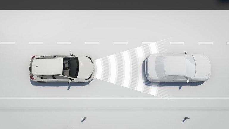 Avez-vous entendu parler du régulateur de vitesse adaptatif?