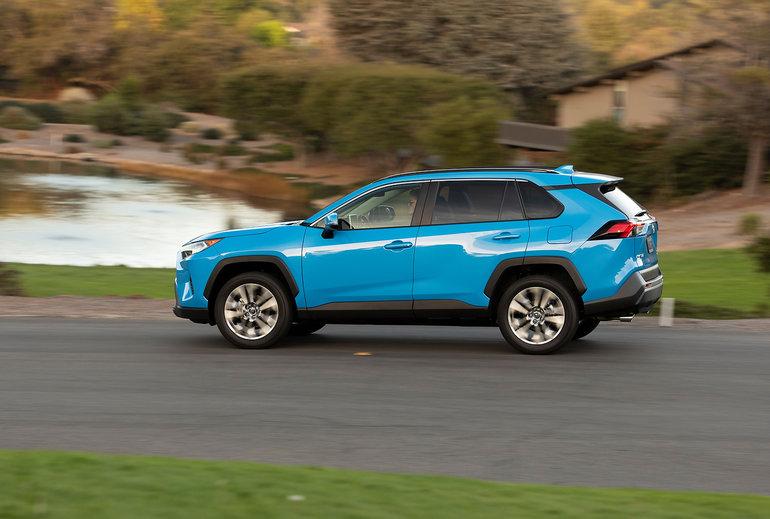 Toyota RAV4 2019 vs Mazda CX-5 2019: Deux considérations intéressantes