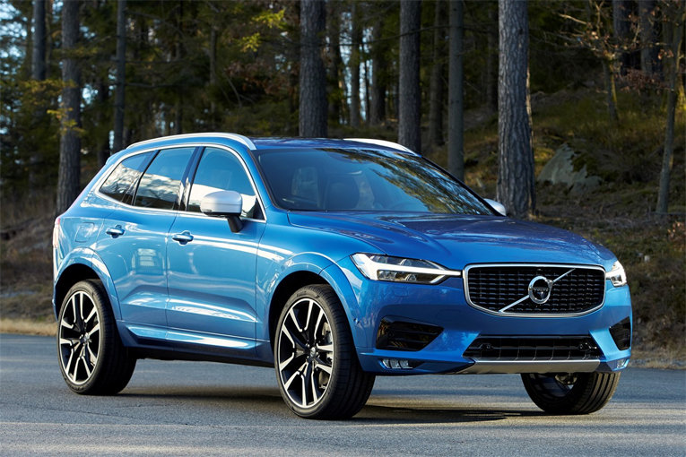 VOLVO XC60 NAMED COMPACT SUV OF THE YEAR