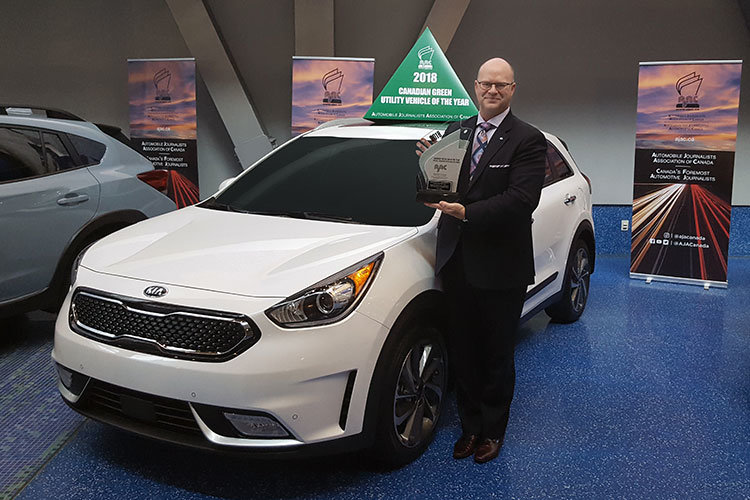 Kia Niro Named Canadian Green Utility Vehicle of the Year by Automotive Journalists Association of Canada