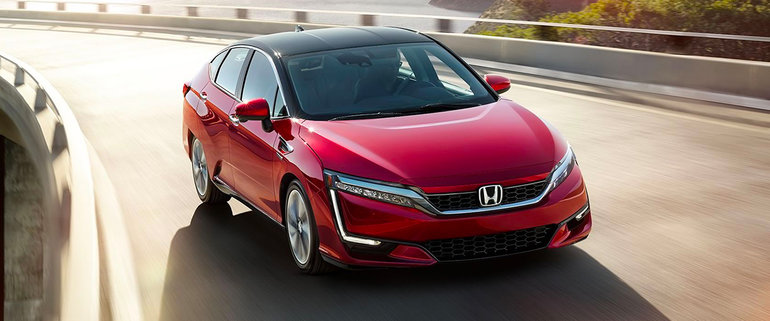 Honda Clarity Fuel Cell Now on Sale in Japan