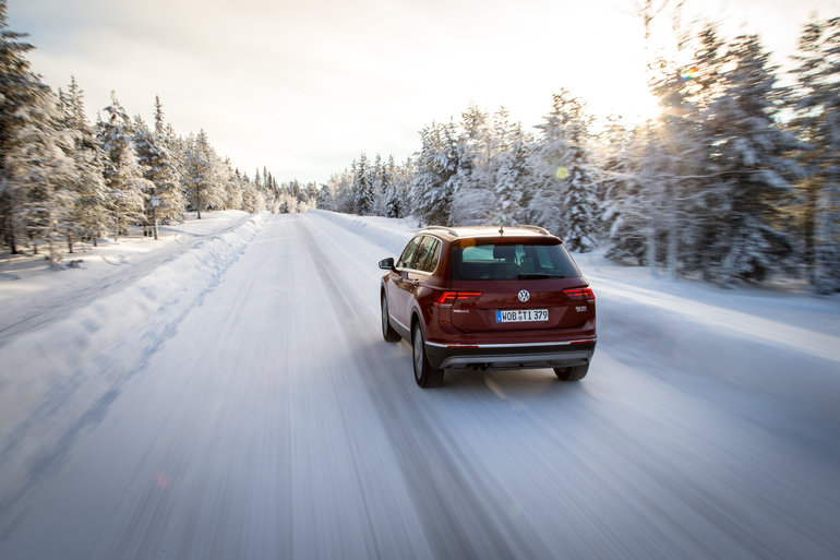 Winter Driving: On the Road Spacing