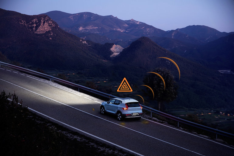 Volvo vehicles will warn each other of slippery roads