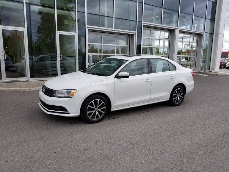 2015 Volkswagen Jetta Sedan Comfortline *Toit ouvrant* A/C * Bluetooth*