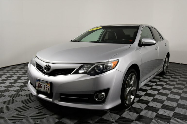 Toyota Camry $75 WEEKLY | SE 2012