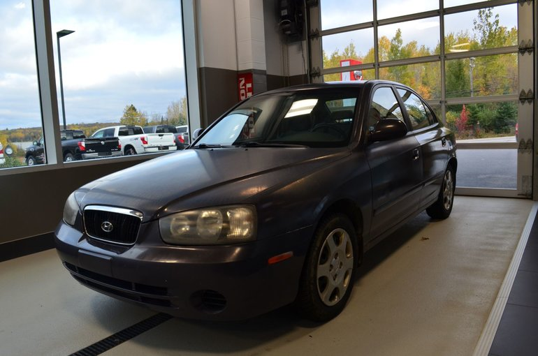 Hyundai Elantra GL, AUTOMATIQUE, BAS KILO!! 2003