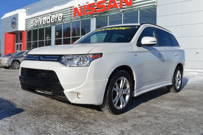 Mitsubishi Outlander GT AWD CUIR TOIT OUVRANT BLUETOOTH 2014