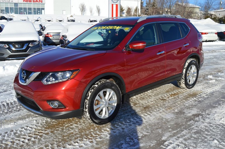 Nissan Rogue SV AWD TOIT PANO SIEGES CHAUFFANTS CAMERA RECUL 2015