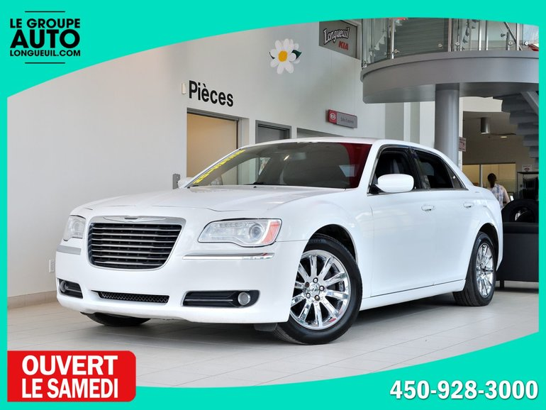 Chrysler 300 TOURING * CUIR * TOIT * MAGS * BLUETOOTH * 2013