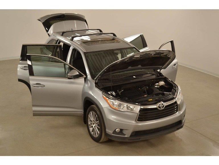 2016 Toyota Highlander XLE 4WD GPS*Cuir*Toit*Camera Recul* PEA 140 Km