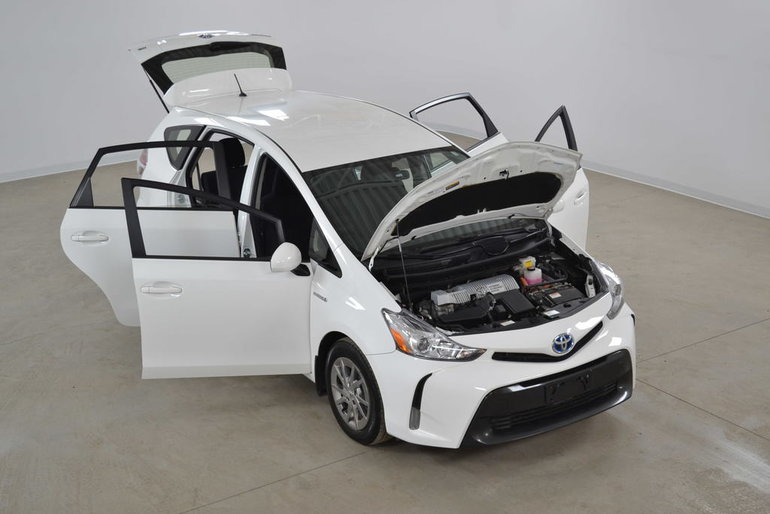 2016 Toyota Prius v Hybride Bluetooth*Camera Recul* 5.0L/100 Km