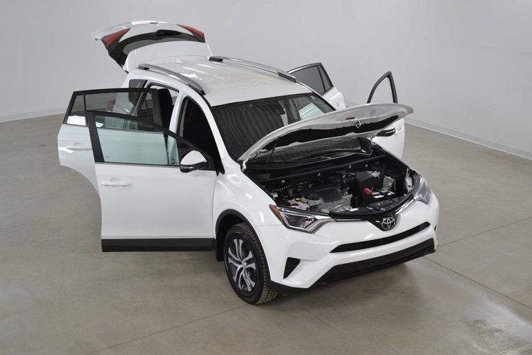 Toyota RAV4 LE 4WD Bluetooth*Camera Recul*Sieges Chauffants 2017