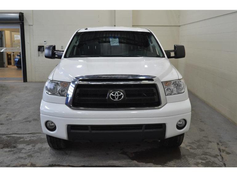 2011 Toyota Tundra 4x4 5.7L SR5 Double Cab Boite 8 Pieds Boite LEER