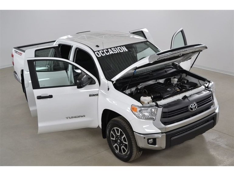 Toyota Tundra 4x4 5.7L Double Cab TRD OFF Road 2015