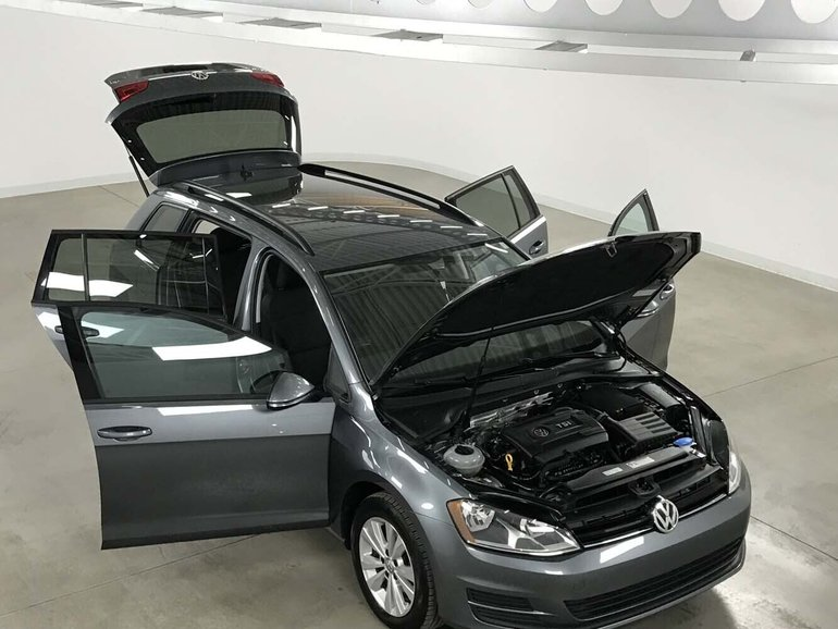 Carrefour 40 640 >> Volkswagen GOLF SPORTWAGEN Trendline 1.8TSI+4MOTION+A/C+Camera Recul+Bluetoot 2017 47 412 KM ...