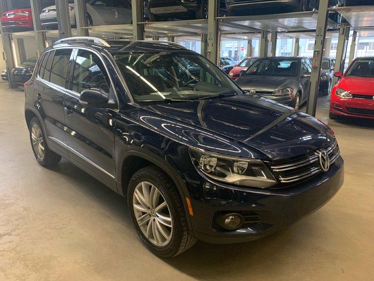 Volkswagen Tiguan HIGHLINE 4MOTION (RARE COLOUR)(WOW) 2016
