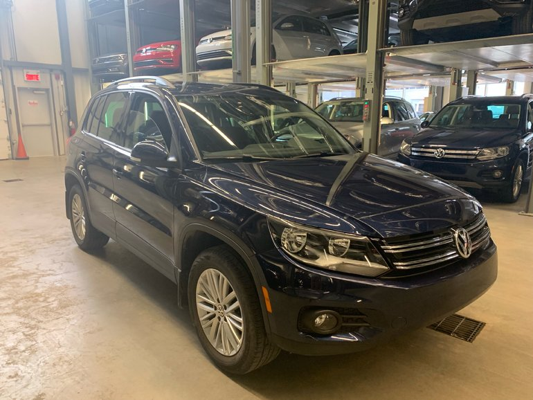 2016 Volkswagen Tiguan SPECIAL EDITON 4MOTION + PANO ROOF (CLEAN, LOW KM)