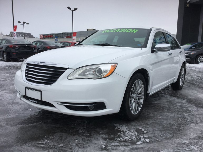 Chrysler 200 **RÉSERVÉ**, LIMITED,CUIR,MAG,BLUETOOTH,A/C 2013
