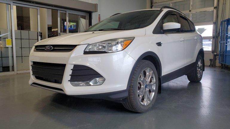 2015 Ford Escape SE, AWD, DEMARREUR, CUIR, A/C BIZONE, CAMERA, MAGS