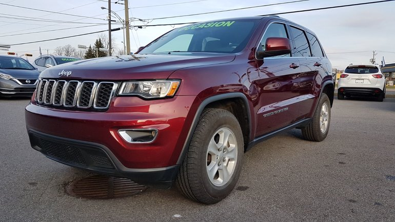 Jeep Grand Cherokee ***RÉSERVÉ***Laredo, 4X4, A/C BIZONE 2017